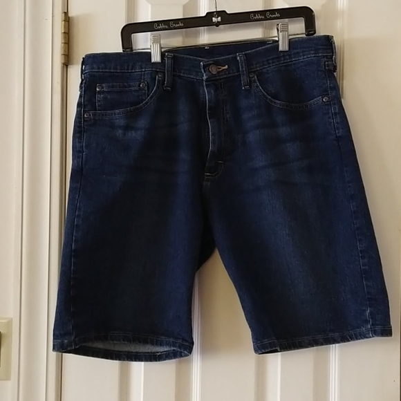JEAN SHORTS BY WRANGER